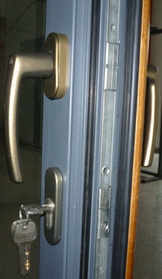 handle of alu-wood suspended sliding door